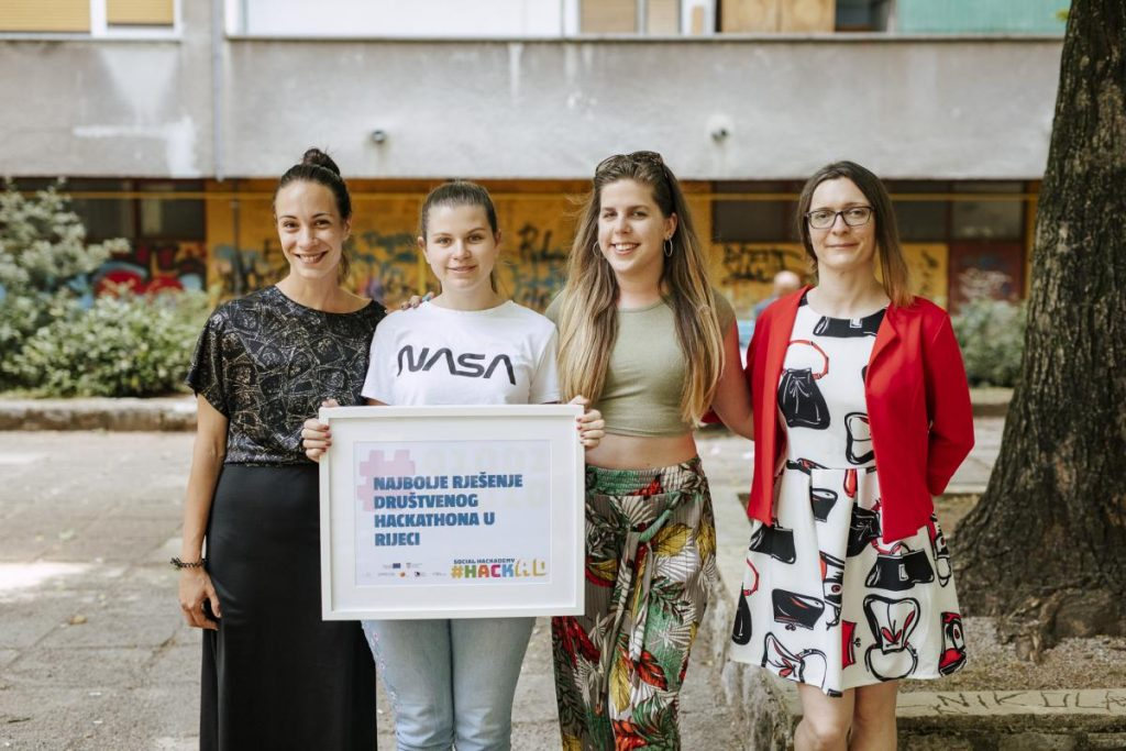 Marija Siladjev and Lana Prar created the application for recording the mood and won the overall best solution award.